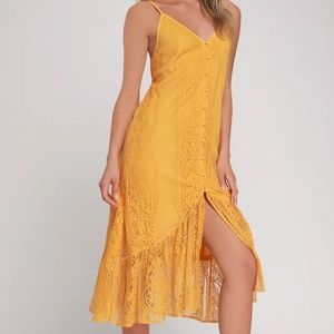 NWT Lulu's Marigold Lace Button Front Midi Dress